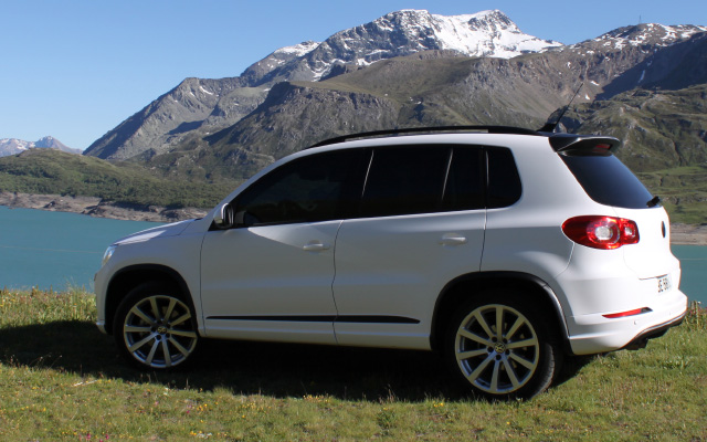 Covering Tiguan R-line